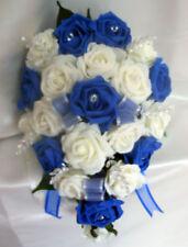 Fleurs, pétales et guirlandes bouquet, arrangement ivoire pour le mariage