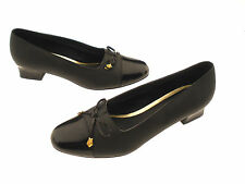 Soft Style By Hush Puppies Women's Black Slip-On Loafers EURO 41 US 9.5 W