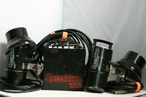 Speedotron Black Line 1205 Power pack w/ 2 heads with extras