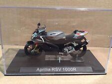 Aprilia  RSV 1000R grau  1:24 Altaya