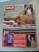 Amazing 1989 Spanish Magazine iHOLA Featuring Begum Nusrat Bhuuto