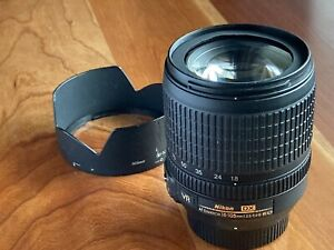 Nikon AF-S DX 18-105mm f/3.5-5.6 G ED VR IS Lens Mint - Condition.
