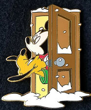 MICKEY MOUSE & PLUTO Looking Out the Door for Santa Disney Auctions pin LE500