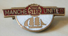 MANCHESTER UNITED Vintage Club crest type badge Brooch pin in gilt 35mm x 17mm