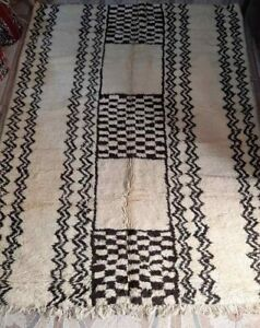 Old Beniourain rug 100% Wool Brown Handmade Berber carpet  (8.3 Ft x 6.3 Ft)