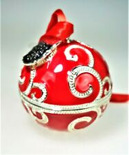 Pandora '17 Rockettes Radio City Christmas Ornament Madison Garden Red Trinket