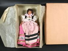 POUPEE FOLKLORIQUE  ANCIENNE MABEL  CELLULOÏD   VINTAGE DOLL