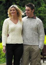 """King Cole Aran Knitting Pattern 2876: Maglioni da Uomo & Da Donna 34"""" -46"""""""