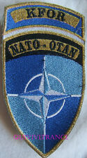 IN9287 - INSIGNE TISSU PATCH KFOR NATO-OTAN
