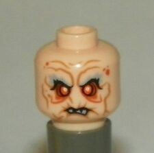 LEGO - Minifig, Head Gray Eyebrows, Orange Eyes & Facial Lines, Broken Teeth