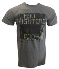 Foo Fighters- New Distressed Photo Lightweight T Shirt- Large Free Ship To U.S.!