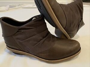New Merrell Women's Adaline Bluff Ankle Boots Shoes Size 7 Brown J45624