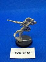Warhammer 40K - Eldars - Harlequin with Harlequin Kiss - Metal WK93