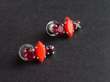 Reminiscence orecchini con elementi in cristallo e resina tonalità di rosso