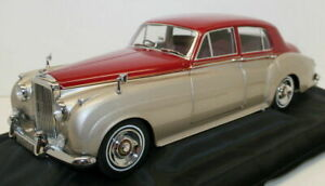 Minichamps 1/18 Scale 100 139950 - 1954 Bentley S2 - Red / Silver
