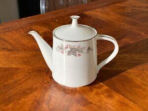 Mint! Rare 1970's Vintage Noritake Porcelain Vale Pattern Tea Pot