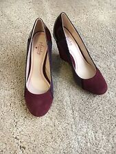 Tracy Reese Burgundy 4 Inch Leather Wedge Size 7