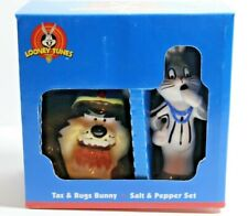 VTG Looney Tunes Taz And Bugs Bunny Salt And Pepper Shakers Football 1998 Gibson