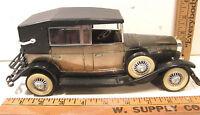 VINTAGE NOVELTY TRANSISTOR RADIO 1928 LINCOLN MODEL L CAR AUTOMOBILE - WORKS