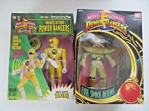 Mighty Morphin Power Rangers Karate Choppin' Trini & Evil Space Alien Bones MIB