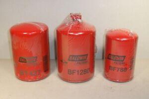 FREIGHTLINER MT35 OIL FILTER FUEL FILTER SET3.9 CUMMINS ENGINE 1997 - 2005