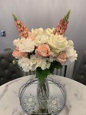 Stunning Artifical Flowers/Bouquet/Arrangement