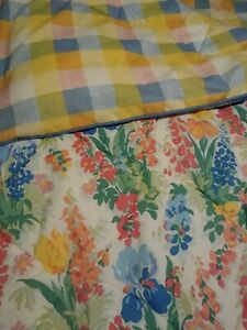 Laura Ashley Vintage Shabby Chic Country Floral/Plaid Reversible Queen Comforter