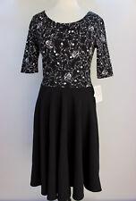 Medium LuLaRoe Noir & Blanc Nicole Dress Beautiful Black White Flowers TTS 02