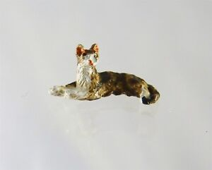 Dollhouse Miniature Quarter Scale 1:48 Cat Stretched Out, A4705BR