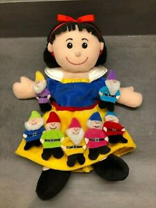 Fiesta Crafts SNOW WHITE AND THE SEVEN DWARFS Finger and Glove Puppet Set