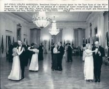 1969 Press Photo Couples Dance in East Room White House Nixon Years