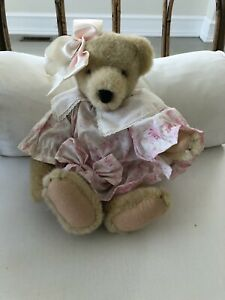 "North American Bear Company Muffy Vanderbear ""High Tea"" Collection 13"" 1989"