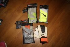 Nike Soccer Goalie Goal Keeper Gloves Jr Grip Sentry Gk 3 Size 8 or 11