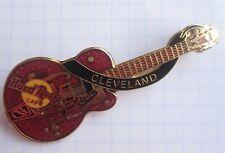 HARD ROCK CAFE / CLEVELAND OHIO RED GIBSON GUITAR ...... Pin (Ka1)