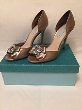 Shoes for women Betsy Johnson Glam Metallic Peep-Toe Pumps Size 8,5