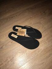 a6e4be6e7 Brand New Flojos Women s Fiesta Flat Thong Black Sizes 5   8 US