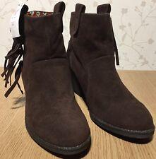 New size 8 Ladies Rocket Dog Ankle Boots Dark Brown Western Cowboy Style Tassels