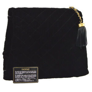 Auth CHANEL Quilted Fringe CC Arm Sleeve Clutch Bag Black Velvet Leather A41396h