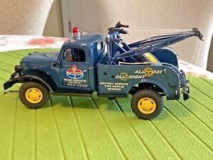 Danbury Mint 1946 46 Dodge Power Wagon Wrecker Tow Truck 1/24 scale