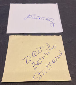 KEY BASEBALL HALL OF FAMERS AUTOGRAPH LOT W/BILL DICKEY & STAN MUSIAL HOFER CUTS