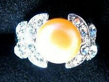 RING Butterfly Crystals Size 7 1/2 CREAM PEACH PEARL