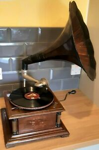 Table Top Gramophone With Tin Sound Horn. For Repair/Parts