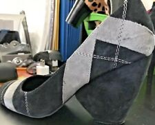 Two Lips Women's Black and Gray Suede Shoes size 8
