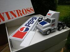 WINROSS USA 1:64 Camion Americain INTERNATIONAL semi remorque PEPSI neuf + boite