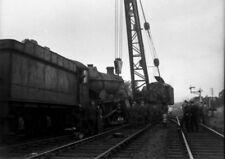 PHOTO  6 OF 11 GWR LOCO 6963 THROWLEY HALL DE-RAILMENT AT ABERGAVENNY LOOP C.195
