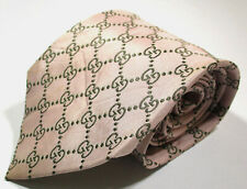 Gucci GG Monogram Link Pattern Pink Color Silk Necktie Tie Made In Italy