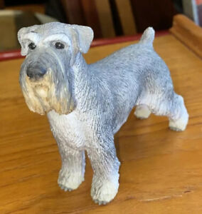 VINTAGE COLLECTABLE DOG STANDING RETRO POTTERY