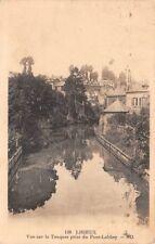 LISIEUX - vue sur la Touques prise du Pont-Labbey