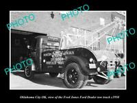 OLD POSTCARD SIZE PHOTO OKLAHOMA CITY OK USA FRED JONES FORD TOW TRUCK c1950