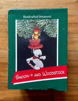 Hallmark Keepsake Christmas Peanuts Ornament - Snoopy & Woodstock - 1989